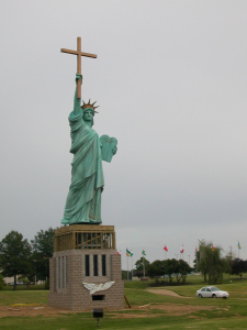 photo credit : http://defendingcontending.com/2008/10/14/has-the-religious-right-lost-its-voice-in-american-politics/